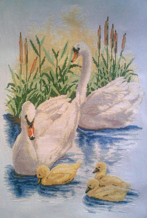 Лебединая семья схема вышивки крестом 91